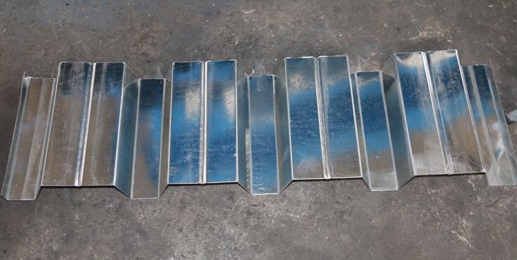 Galvanized Steel Decking Sheet1