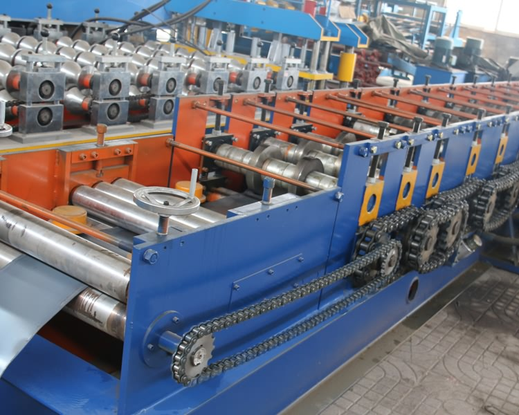 U Section Purlin Roll Forming Machine11
