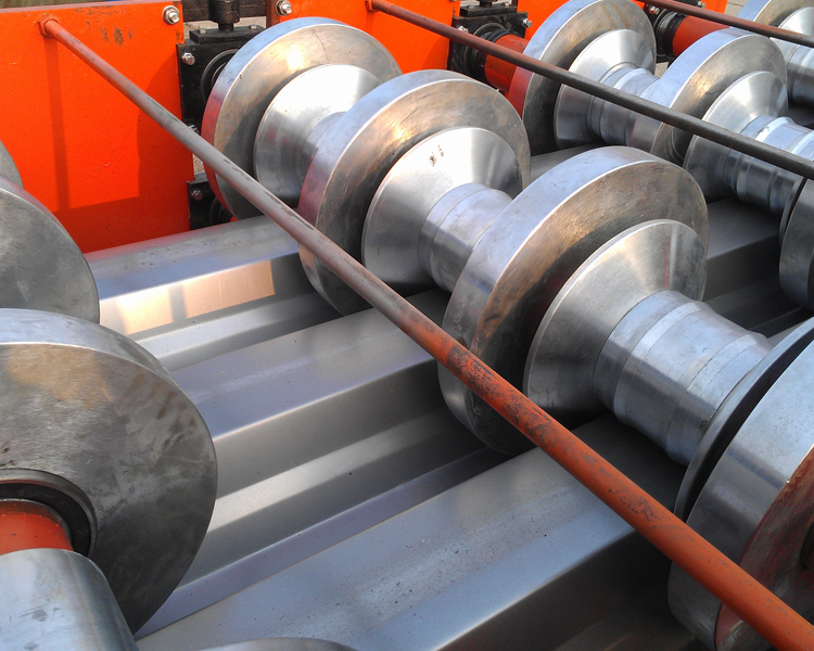 Automatic Metal Floor Deck Roll Forming Machine1