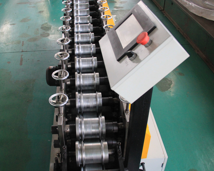 Roller Shutter Door Roll Forming Machine1