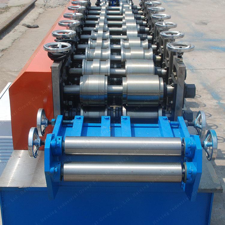 U steel keel machine(1)