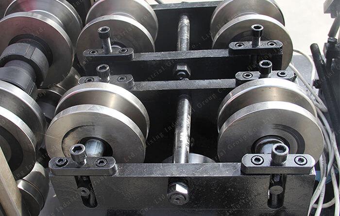 U steel keel machine2