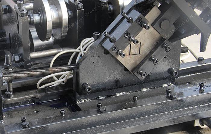 U steel keel machine8