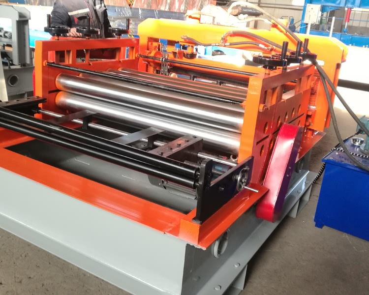 steel plate leveling machine11