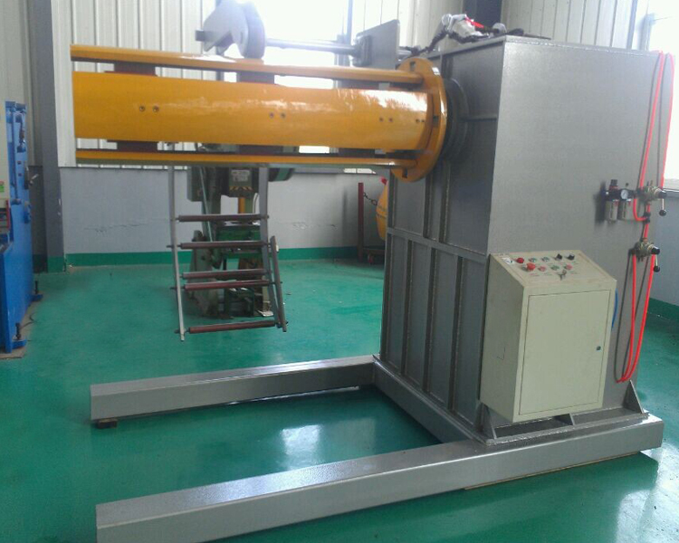 hydraulic decoiler2