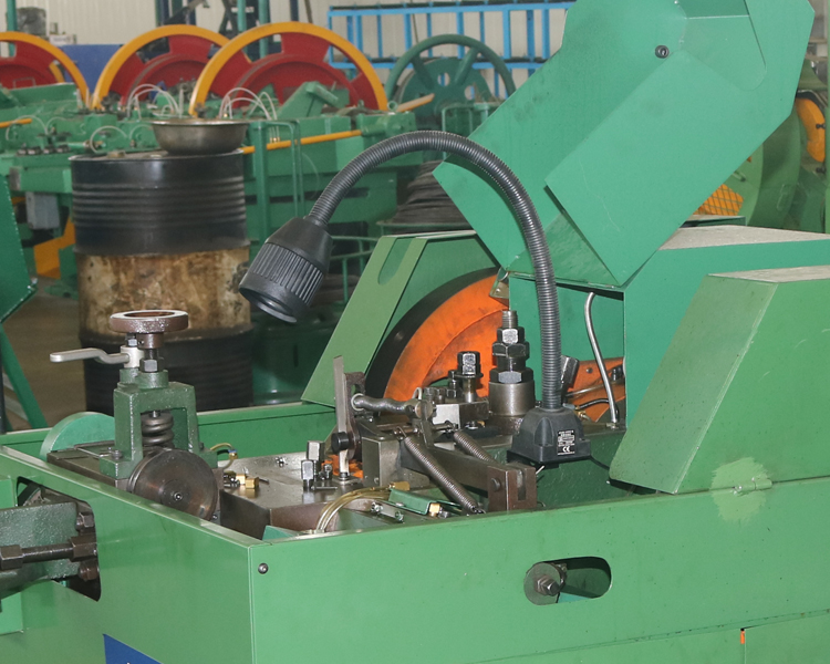 Iron Coil Nail Making Machine2